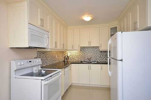 3065 Lenester Dr , Mississauga,  Att/Row/Townhouse,  for sale, , HomeLife/Response Realty Inc., Brokerage*